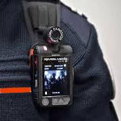 """[Décret] Des caméras """"piétons"""" pour les sapeurs-pompiers"""